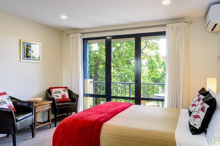 one-bedroom-studios-unit-slider_DSC5526